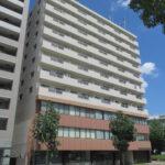 【アパートメント千早】2階40.29坪 中区千代田5丁目、大通に面する採光・視認性良好ビル