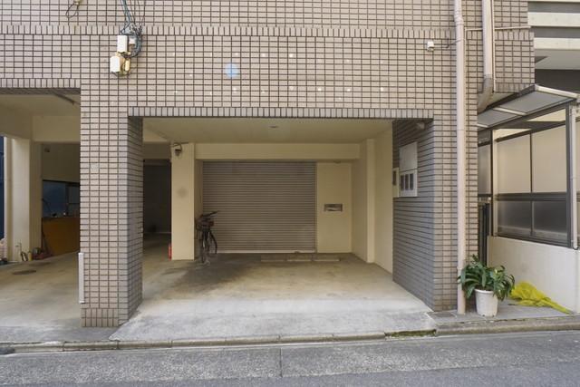 伊勢山2 ごとうビル 1階