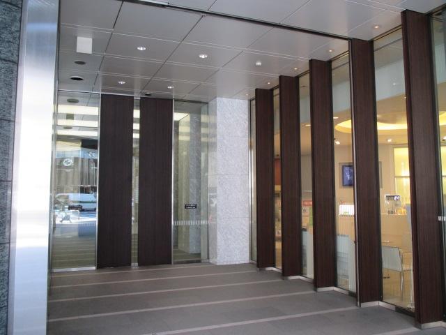 栄3 栄三丁目ビルディング エントランス