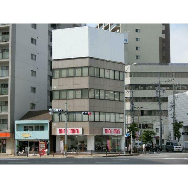 山田1 ファースト日比野ビル 外観